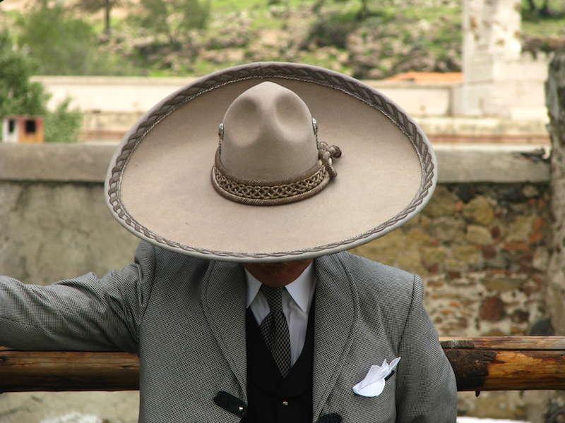a1c0547b14 El traje de charro  tradición mexicana – Endirecto
